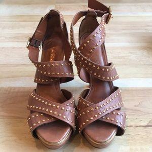 Pour La Victorie Brown Heels with Gold Studs Sz 8